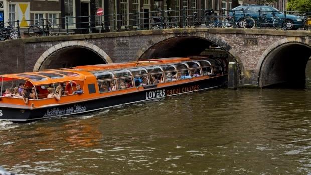 ve tham quan du thuyen Amsterdam